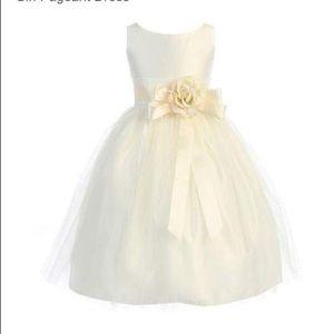 Sweet Kid's flower girl dress size 2